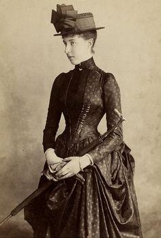 Princesse Hélène d'Orléans (1871-1951) duchesse d'Aoste épouse du prince Emmanuel-Philibert,(1869-1931)