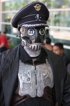 Steampunk Costume | steampunk costume from Hellboy at San Diego Comic Con