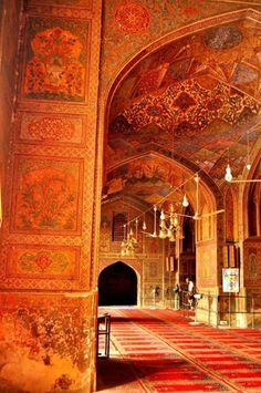 Inside the walled city - Lahore - Sana Zulfiqar