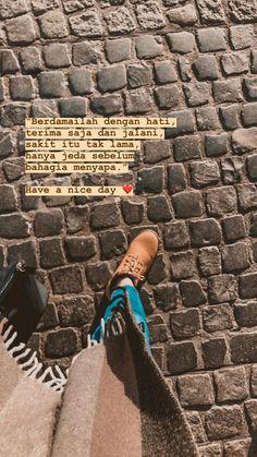 Quotes Rindu, Tumblr Quotes, People Quotes, Mood Quotes, Best Quotes, Motivational Quotes, Life Quotes, Foto Mirror, Cinta Quotes