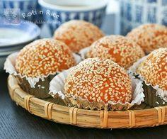 Jian Dui (Deep Fried Glutinous Rice Balls or Sesame Seed Balls)   Roti n Rice