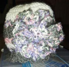 Toddler hat w flower $10.