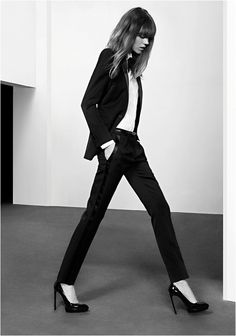 Freja in YSL's smoking