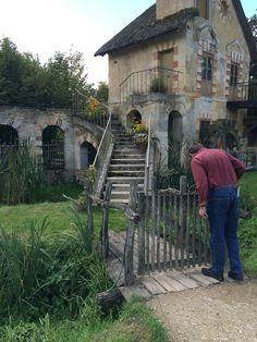 Charming cottage, queens hamlet Versailles