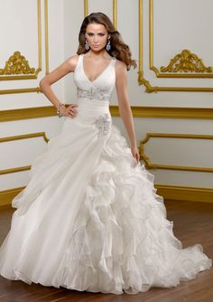 Nice Ball-Gown Sweetheart Cathedral Train Satin Lace Wedding Dresses With Ruffle Beadwork