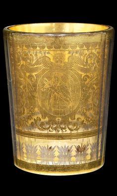 Sklenice dvoustěnná, ČECHY, BOR (HAIDA), POHL JOSEF MARIAN , po roce 1913 Bohemia Glass, Glass Engraving, Czech Glass, Libraries, Glass Art, Antiques, Bohemia, Crystals, Vases