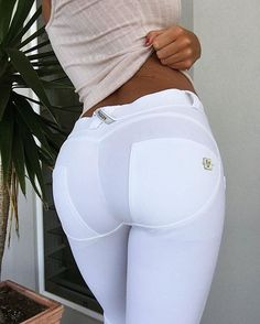 WR.UP® SHAPING EFFECT - Skinny - D.I.W.O.® PRO Fabric - White – FREDDY USA