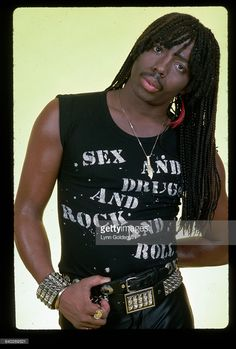 Rick James wears a sleeveless T-shirt imprinted with the phrase 'Sex and Drugs and Rock and Roll. Lynn Goldsmith, The Future Is Unwritten, Fire And Desire, Rick James, Vintage Black Glamour, Old School Music, Ludacris, Tee Shirt Designs, Soul Music