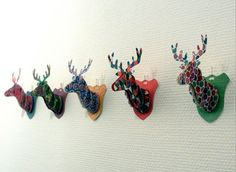 Mini cardboard deer trophy w. free template. hennihennidesign