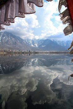 Serenity in Kashmir by darkydoors