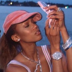 New phone, who dis? 💖 Tyra kept the looks on 🔒! Black Girl Aesthetic, Boujee Aesthetic, Aesthetic Vintage, Aesthetic Pictures, Baby Pink Aesthetic, Lisa Bonet, Looks Style, Looks Cool, Girly