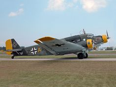 CASA Spanish built Junker Ju 52 but with more power. Aircraft Photos, Ww2 Aircraft, Military Aircraft, Military Jets, Luftwaffe, Les Satellites, Fun Fly, Old Planes, World War Two