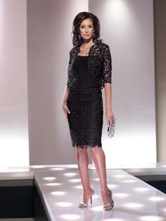 Graceful Strapless Knee Length Black Lace Sheath Column Mother Of The Bride Dress With Jacket B2mc0025