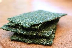 Spirulina Chili Kale Crisps (Vegan)