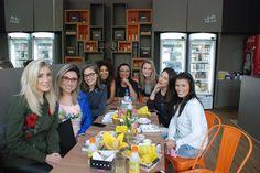 Cafe da manha das Influencers no Positano Café Positano, Youtube, Shopping, Instagram, Fashion, Losing Weight Tips, Fashion Beauty, Get Skinny, To Tell