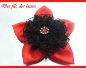 broche fleur rouge dentelle noir