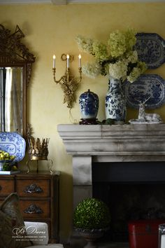 Blue porcelain, sconce, hydrangea, boxwood ball