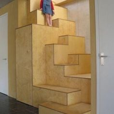 Top Unique Modern Staircase Design Ideas for Your Dream House - futurisme Interior Stairs, Interior Architecture, Interior Design, Loft Stairs, Under Stairs, Entry Stairs, Modern Staircase, Staircase Design, Espace Design
