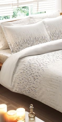 Turn your guest or master bed into a restful retreat with the Cascade patterned bamboo rayon comforter set.