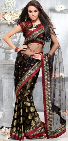 Black Polka Dot Design Saree with Maroon Border #saree #sari #blouse #indian #hp #outfit  #shaadi #bridal #fashion #style #desi #designer #wedding #gorgeous #beautiful