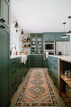 Kitchen Interior, New Kitchen, Kitchen Ideas, Earthy Kitchen, Quirky Kitchen, Bohemian Kitchen, Kitchen Corner, Awesome Kitchen, Kitchen Floor