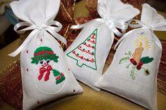 Sugestão para prendas de natal #scentbags #christmas #bordal #madeiraembroidery #handmade