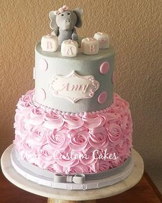 Torta Baby Shower, Elephant Baby Shower Cake, Baby Shower Favors Girl, Grey Baby Shower, Baby Girl Shower Themes, Simple Baby Shower, Girl Baby Shower Decorations, Baby Shower Winter, Baby Shower Princess