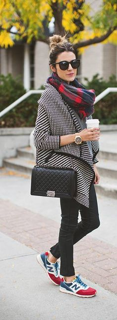 Casual fall with sneakers
