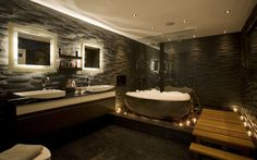 """Hi-tech home in St James's -  a """"floating"""" bath."""