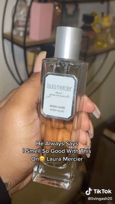 Perfume Body Spray, Bath And Body Works Perfume, Lotion, Perfume Scents, Body Hacks, Perfume Collection, Smell Good, Skin Makeup, Beauty Care