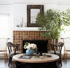 11+Styling+Tricks+to+Make+Your+Home+Look+Like+a+Magazine+via+@domainehome