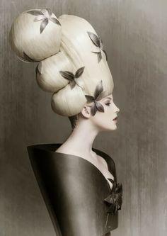#17 ~ Huge High Hair http://bricolage-julier.blogspot.com