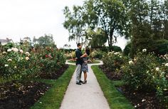 14a Brenizer Engagement Photo Gairloch Gardens Toronto.jpg
