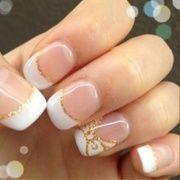 beautiful DIY bow nails