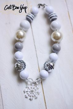 Beautiful white pearl chunky bubblegum necklace by CaliBowShop, $18.00