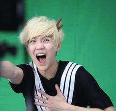 We Heart It 経由の画像 [動画] #boy #Chen #chinese #exo #kris #lay #lulu #smile #kai #tao #luhan #d.o. #exo-k #exo-m #luhan #sehun #chanyeol #baekhyun #xiumin #xiaoluhan #suho