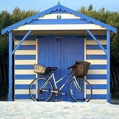 Weekends!  #ankalia #ankaliadesigns #ankaliasandals #summer #beach #travel #wanderlust #cottesloe #freo #noosa #byronbay #manly #bondi #balmoral #montauk #thehamptons #sorrento #portsea #lorne #brighton by ankaliadesigns http://ift.tt/1IIGiLS