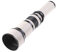 Samyang 650-1300mm MC IF f/8-16 is a real megazoom. The range of focal lengths which it offers is incomparable to any other construction. Anyone, who looks for an extreme zooming should turns the attention to this model. The attractive price can be an encouragement to all.