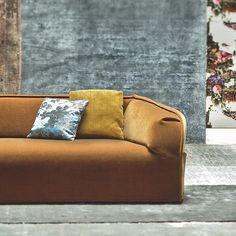 Kvadrat/Raf Simons textile Haakon Christmas Cushions, Raf Simons, Take A Seat, Fine Furniture, Textiles, Velvet, Couch, Wool Dress, Silk