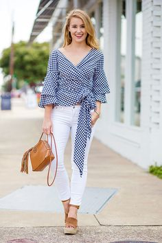 This navy gingham wrap top is a perfect transition piece from summer to fall. Wear with white jeans and wedges now, then swap for riding boots! Fall Outfits, Casual Outfits, Fashion Outfits, Fashion Fashion, Fashion Tips, Fashion Bloggers, Simplicity Fashion, Southern Outfits, Jeans And Wedges