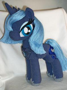 Lunaplushie 2 0 by masterplanner amazing princess luna rilie s favorite Crochet Pony, Crochet Horse, Kawaii Crochet, Crochet Unicorn, Crochet Animals, Crochet Patterns Amigurumi, Crochet Motif, Crochet Dolls, Knit Crochet
