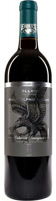 American football team the Philadelphia Eagles have launched a wine to celebrate. - Daily Sports News & Live Stream Fotball Channel Eagles Team, Eagles Nfl, Football Team, Football Fever, Football Season, Philadelphia Eagles Gear, Philadelphia Sports, Philadelphia Shopping, Philadelphia Area
