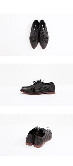 1093c87b983 adidas Originals
