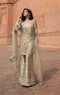 1307 best true colours of pakistani fashion ♙ images in 2019 Pakistani Formal Dresses, Shadi Dresses, Pakistani Party Wear, Pakistani Wedding Outfits, Pakistani Wedding Dresses, Pakistani Dress Design, Indian Dresses, Hijabi Wedding, Nikkah Dress