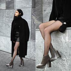 Holynights Claudia - Dropp Velvet Boots, Daniel Wellington Watch - Velvet boots