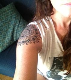 20 Shoulder Mandala Tattoos for Women and Girls (2) by ViolaBlackRaven