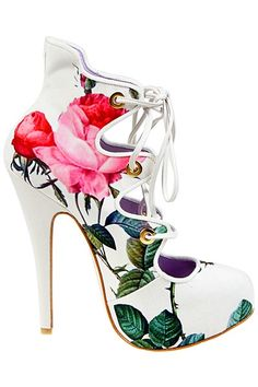 Vivienne Westwood - Accessories - 2013 Spring-Summer ♥ I bet you wish you could wear these - Enjoy with love from http://www.shop.embiotechsolutions.co.uk/AquaFresh-EM-Ceramics-Water-Butt-Treatment-250g-AquaFresh250.htm