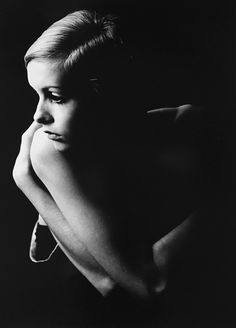 Twiggy, London, UK, photo shoot, gelatin silver RC print