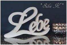 erhältlich hier: https://de.dawanda.com/product/111210871-schriftzug-lebe-naturbelassen-l-26-cm Silvi K., Handarbeit aus Holz, Schriftzüge, Lebe, Liebe, Lache