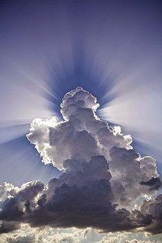 Yeşeren Nesil: Bismillâhirrahmânirrahîm 79. Göğün boşluğunda emr...